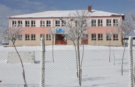 25 okulda tatil kararı