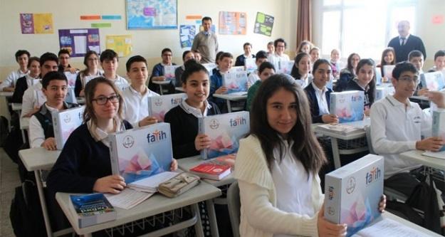 700 bin öğrenciye tablet dağıtılacak