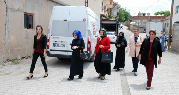 Ak Kadınlardan Hilvan'a Çıkarma