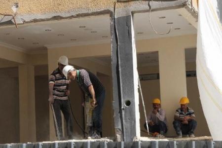 Bahçelievler'de 6 katlı bina yıkıldı