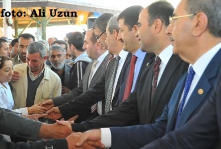 Başkanlar tebrikleri kabul etti