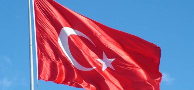 Bölücü terör örgütü Türk bayrağını yaktı