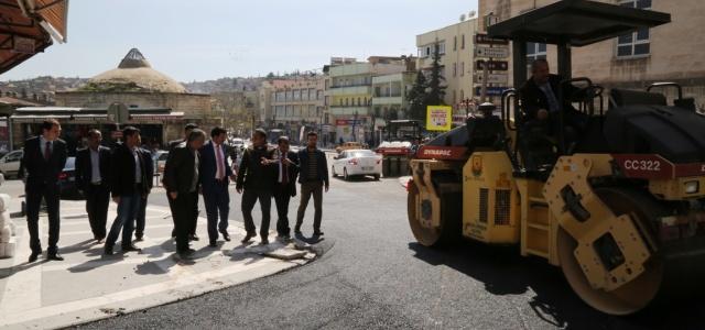 Demokrasi caddesi asfaltlanıyor