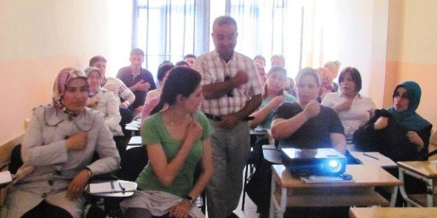 Ereğli'de Hastane Personeline İşaret Dili Eğitimi