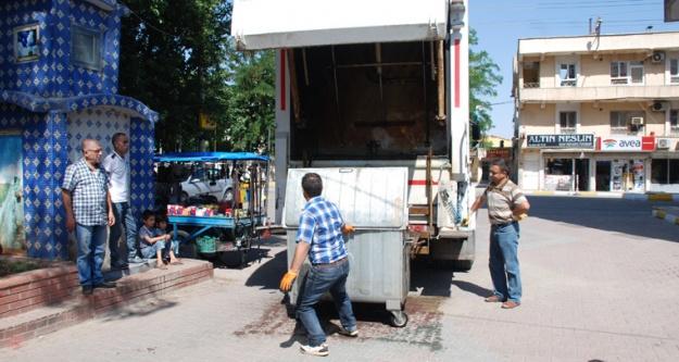 Hilvan Belediyesi Ramazan'da Temizliği İki Katına Çıkardı