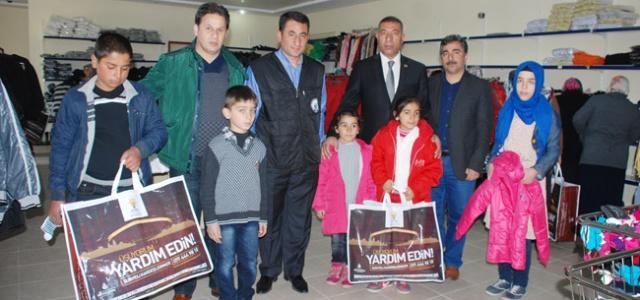 Hilvan'daki 400 Aileye İnsani Yardım