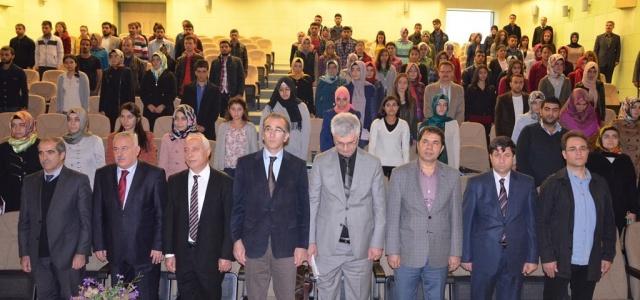 HRÜ'de Mehmet Akif paneli