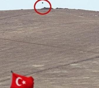 IŞİD Türkiye'nin karşısına bayrağını dikti