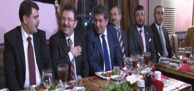 İstanbul protokolü bu gecede buluştu