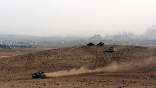 Kobani'de Doçka Silahı Alev Alev Yandı