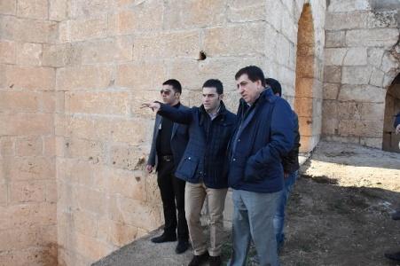 Vali, Harran'da incelemelerde bulundu