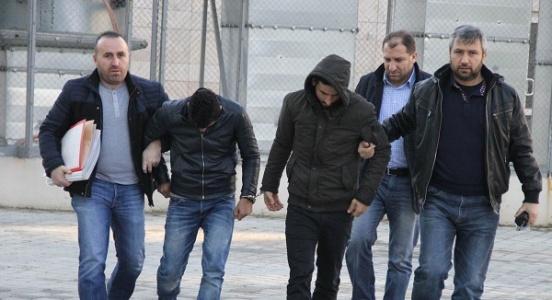 Sahte polisler yakalandı
