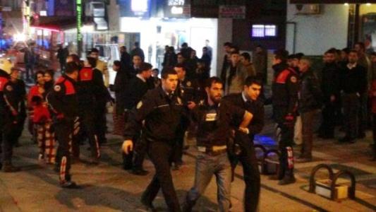 Suriyeliler kavga etti: 3 yaralı