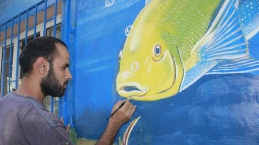 Suriyeli ressam göz kamaştırıyor