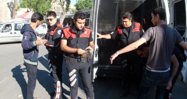 Suriyeliler gözaltına alındı
