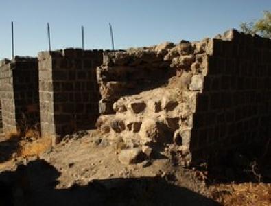 Tarihi Siverek kalesi tehlike saçıyor