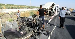Feci kaza: 3 ölü, 5 yaralı