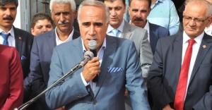 CHPnin seçim bürosu coşkulu açıldı