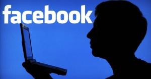 Bir ülke,  Facebook ve WhatsApp'ı yasakladı