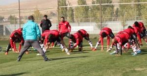 Urfaspor maçı öncesinde Elazığ'da büyük kriz...
