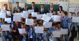 Urfa'da kaç bin öğrenci karne aldı?