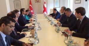 Bakan Çelik ikili ilişkileri güçlendirmek için Gürcistan'da