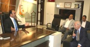 Başkan Çiftçi, eski bakan Cevheri'yi ağırladı
