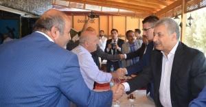 Başkan Pınarbaşı muhtarlarla buluştu