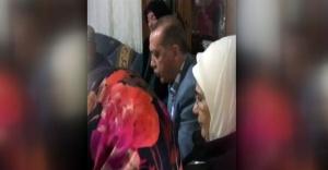 Erdoğan şehidinin evinde Kur'an okudu
