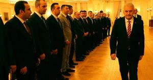 Başbakan, Urfa'daki başkan vekili ile görüştü