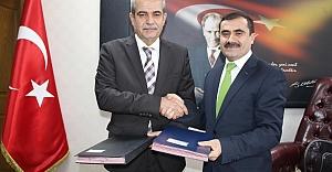 Başkan Demirkol'dan eğitime büyük destek