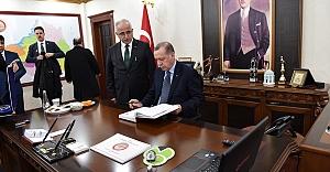 Erdoğan'dan Valiliğe ziyaret