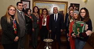 Vali Tuna, Yörük Türkmenlerini kabul etti.