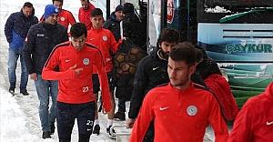Urfaspor maçı için İstanbul'a sığındılar
