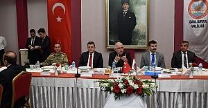 Vali Tuna Kanaat önderlerine çağrı yaptı