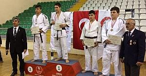 Yeni kurulan judo kulübünden büyük başarı