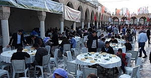 Urfa'da 10 bin kişiye tirit ziyafeti
