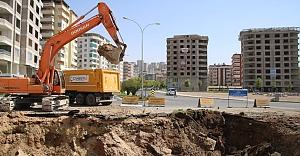 3 Katlı köprülü kavşak inşaatı başladı