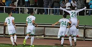Urfaspor maçı bırakmadı