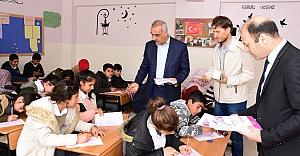 Hilvan Belediyesi'nden Ortaokullara Sınav Desteği