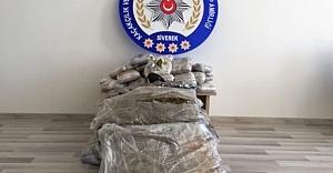 Şanlıurfa'da 82 Kilo Esrar Ele Geçirildi