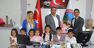 Yıldız Koleji öğrencileri Belediyeyi ziyaret etti