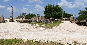 Hilvan Belediyesi, çalışmalarına kırsal mahallelerde devam ediyor