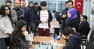 Büyükşehir satranç ödüllerini verdi