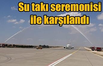 Urfa'ya ilk uçak böyle indi...