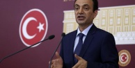Baydemir Suriyeli mültecileri Meclise taşıdı
