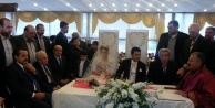 Urfalı siyasetçileri buluşturan düğün