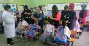 Hilvan'da Kursiyer Bayan Kuaförler İşbaşında