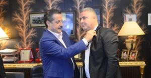 Saraçoğlu  Ak Parti'de