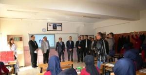 Siverek'te öğrencilere tablet dağıtıldı